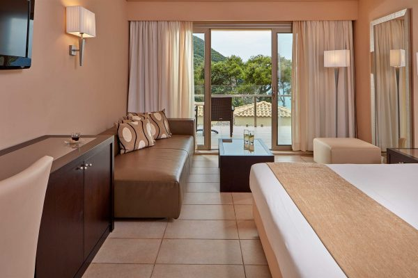 double-side-sea-view-room-
